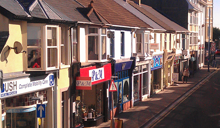 Death throes of the High Street - Small Town shopping street